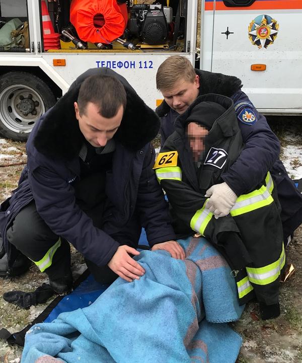 Спасатели ГКУ МО «Мособлпожспас» спасли провалившегося под лёд рыбака