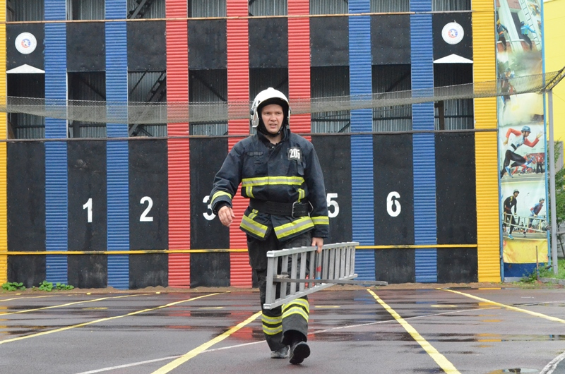 Пожарный ГКУ МО «Мособлпожспас» Владимир Копылов занял третье место во Всероссийском конкурсе профессионального мастерства
